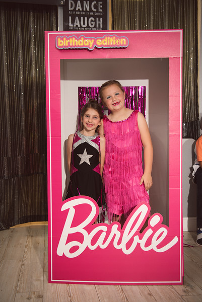 2020-0104-delaney-barbie-party-57.jpg