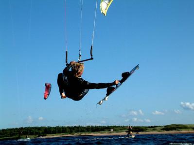 Kite Lagan 03-08