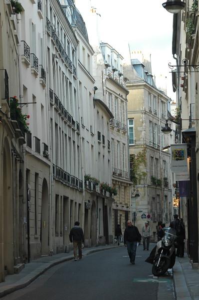 Paris16_0220.JPG