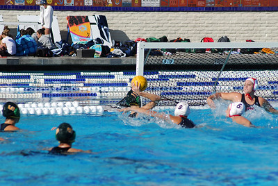 Holiday Cup 2009 - 7th Place - Palos Verdes High School vs Santa Barbara 12/31/09. Final score 6 to 5. PVHS vs SBHS. Photos by Allen Lorentzen.