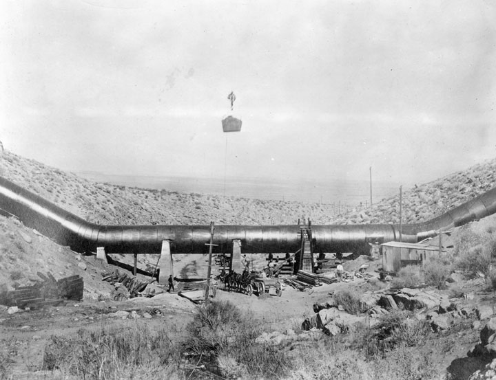 . Construction of the L.A. Aqueduct to Owens Valley, between 1907 and 1913. The aqueduct was considered a great engineering accomplishment only second to the Panama Canal. (1910)  (Los Angeles Public Library)