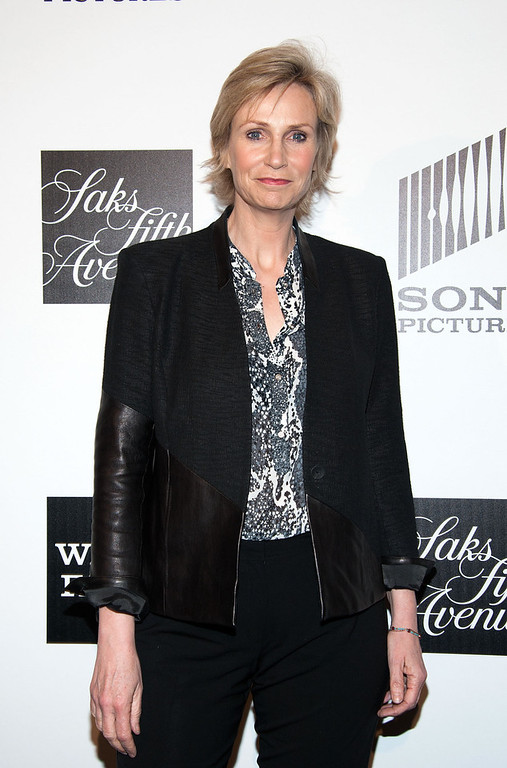 ". Actress Jane Lynch arrives at ""An Evening\"" Benefiting The L.A. Gay & Lesbian Center at the Beverly Wilshire Four Seasons Hotel on March 21, 2013 in Beverly Hills, California. (Photo by Valerie Macon/Getty Images)"