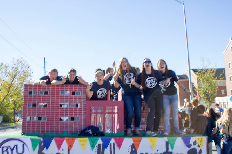 2015_10_10_Homecoming_Parade_7787.jpg