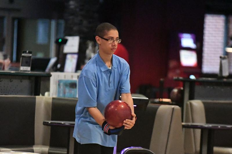 bowling_7729.jpg