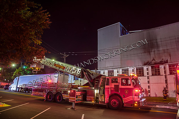 New Haven 2nd alarm commercial building fire Blatchley Ave and River St.