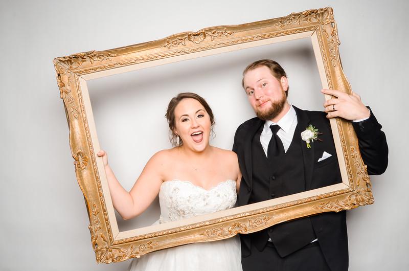 Libby & David Photo Station-52519.jpg