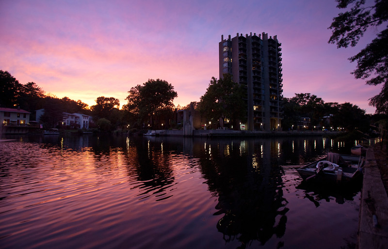 Sunset over Lake Anne Plaza