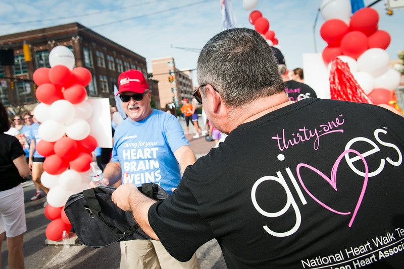 Heart_Walk_Columbus_9944.jpg