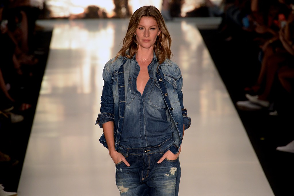 . Brazilian supermodel Gisele Bundchen presents a creation by Colcci during the 2015 Winter collection of the Sao Paulo Fashion Week, in Sao Paulo, Brazil on November 4, 2014.       (NELSON ALMEIDA/AFP/Getty Images)