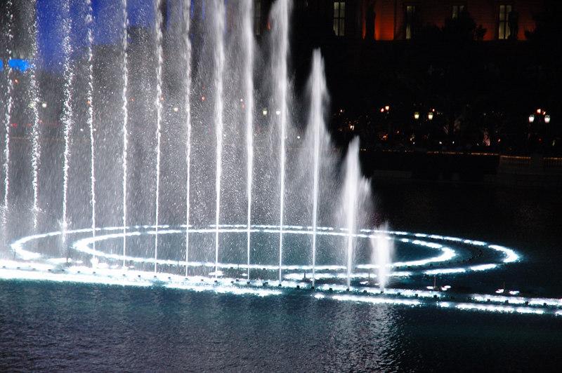 Fountain08.JPG