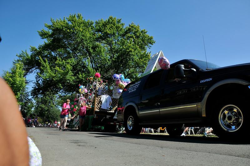 2011_newberg_oldfashioned_parade_KDP7920_073011.jpg