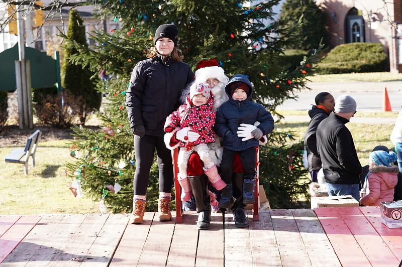 Santa In The Park 20190007.JPG