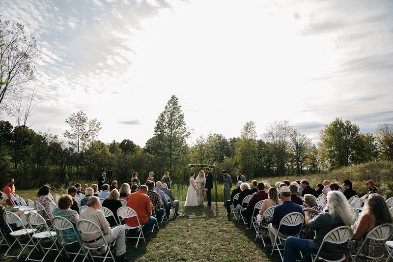 rustic_ohio__fall_barn_wedding-211.jpg
