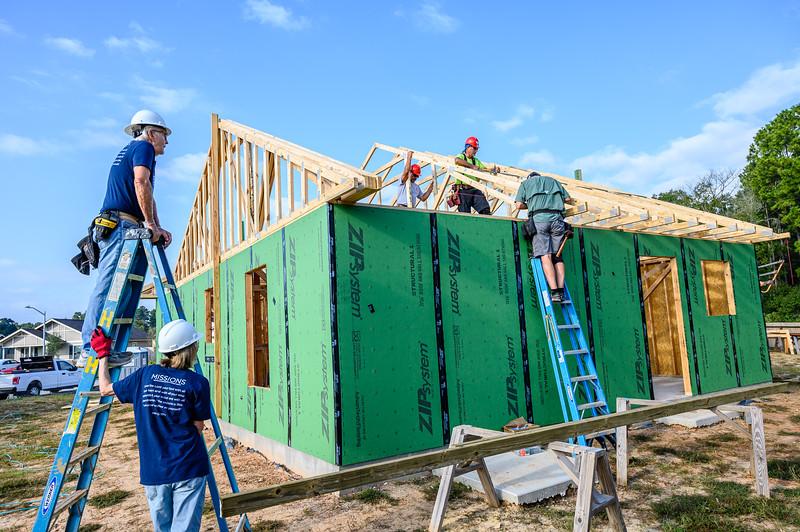Don Rueter - Habitat Truss Raising-16.jpg