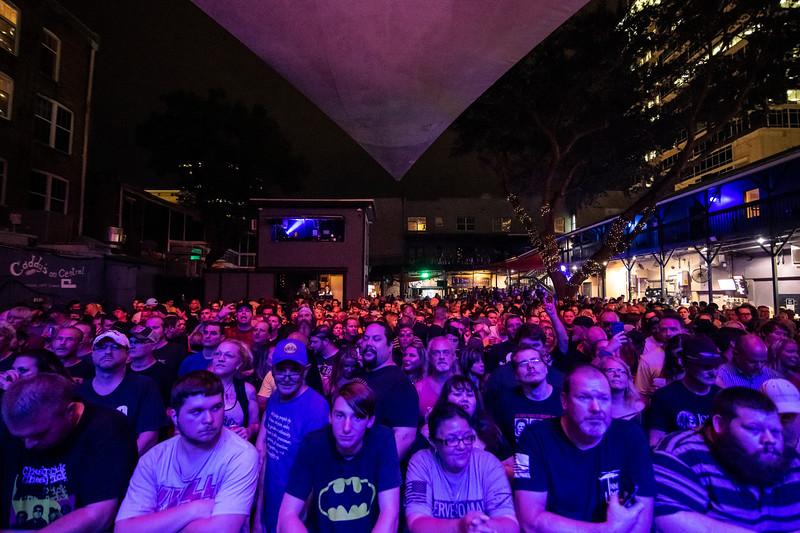 Steel Panther Jannus Live 201900241.jpg