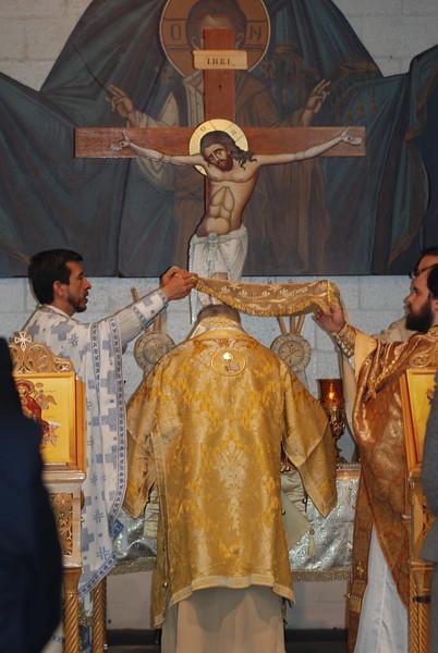 2012-11-04-Dome-Cross-Blessing-Sunday_257.JPG
