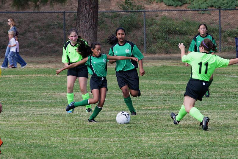 Soccer2011-09-17 11-24-12.JPG