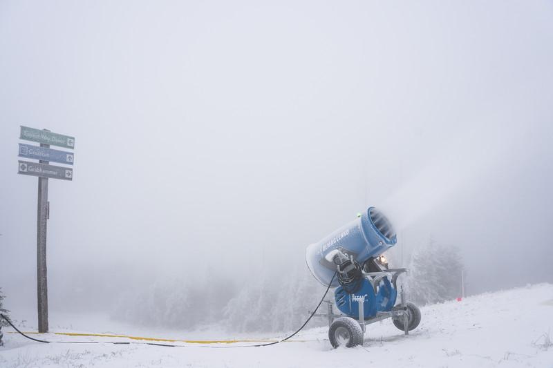 Snowmaking-03419.jpg