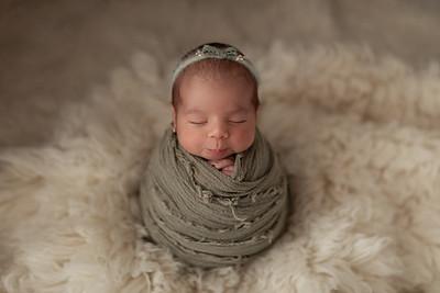 Chloe • Newborn