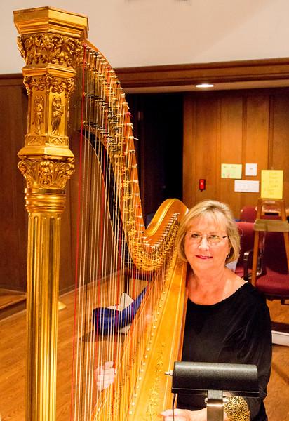Paula Page by her harp