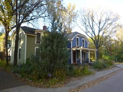 Minneapolis: October 17, 2015 (1:30pm) [CUMMINGS]