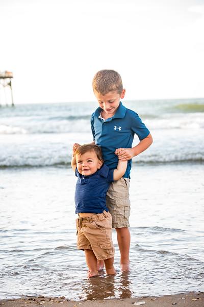 Family beach photos-137.jpg