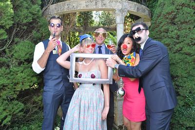 Photo Booth - Urbanette's Magazine Wedding