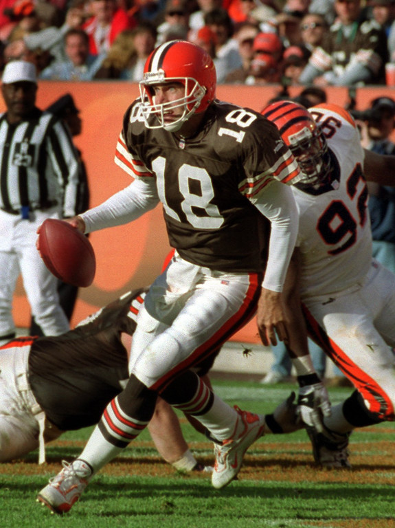 . News-Herald file Browns quarterback Doug Pederson scrambles for yardage during the third quarter of the Browns\' loss to the Bengals.