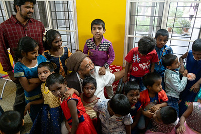 Moojibaba visits Maya Children Home