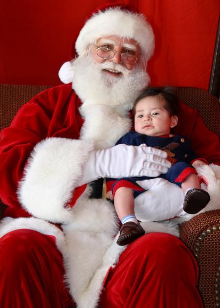 Santa Clause 11DEC2010-353Master.JPG