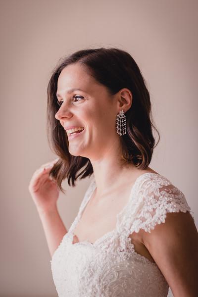 Bridal prep-54.jpg