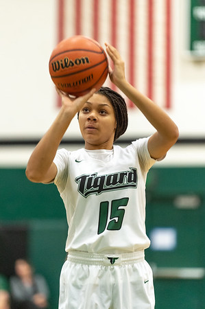 Tigard High School Varsity Girls BB vs South Salem