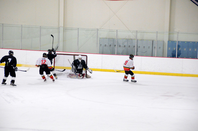 131009 Flames Hockey-082.JPG