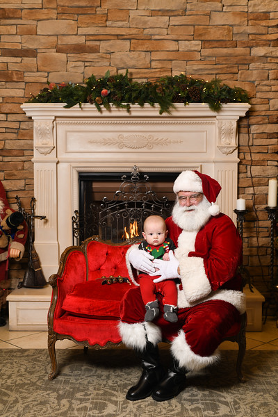 Santa2018.TylerBoye.-227.jpg