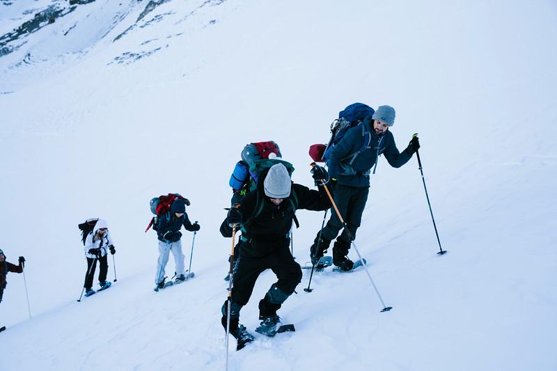 200124_Schneeschuhtour Engstligenalp_web-204.jpg
