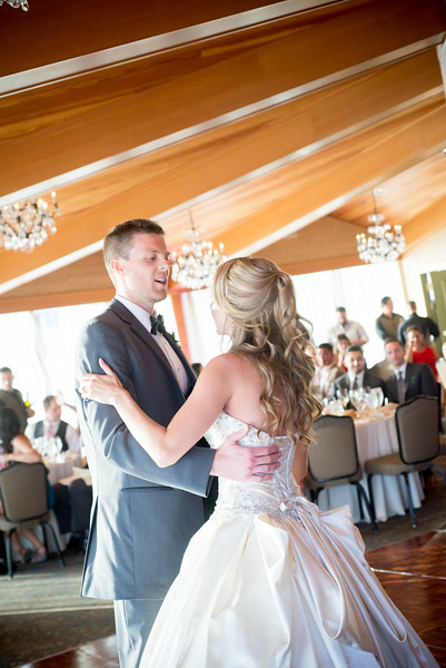 edgewater-hotel-seattle-waterfront-wedding-carol-harrold-photography-22.jpg