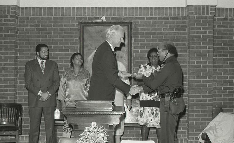 Mayor Hudnut at IPD Award, October 20, 1988, Img. 10, with Rudy Hightower