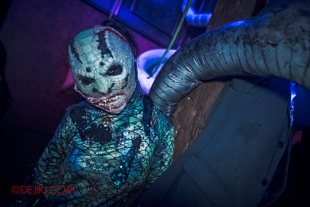 Halloween Horror Nights 6 Final Weekend - Hu Li's Inn revisited / Green Snake L