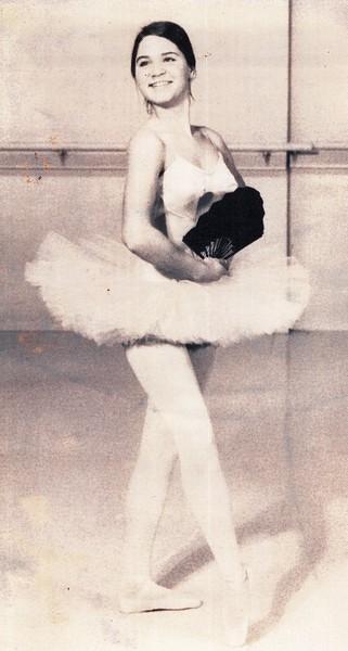 Dance_1022_a.jpg