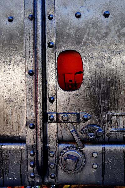red pocket 1-5-2010.jpg