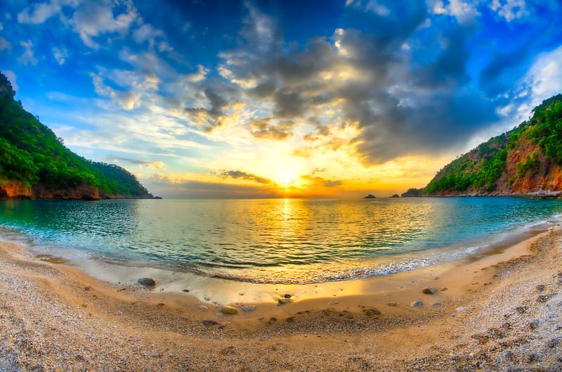 _CAN4699_700_701-Edit-2_20111111_4912 x 3247_20111111_15_4912 x 3247_lr.jpg