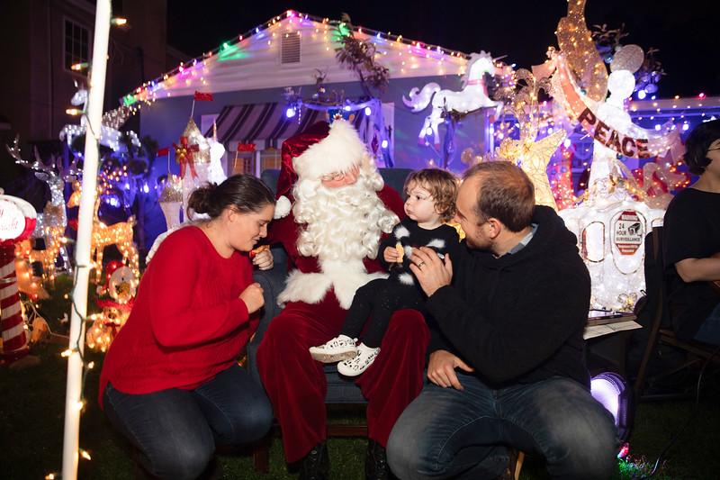 12-08-19-Christmas With Chris & Family-33.jpg