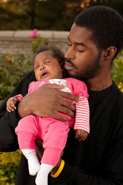 20110925-Peaches Family-6154.jpg