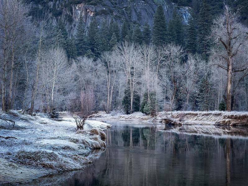 yosemite river landscape 3a.jpg