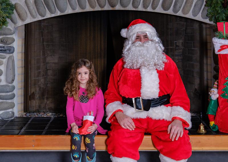 CB Santa 2019-7622.jpg