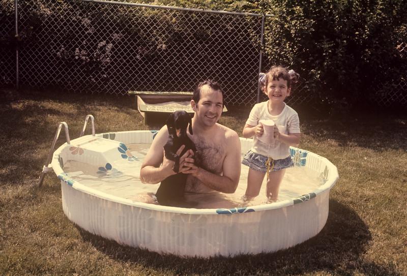 1973_07 John & Bonnie.jpg