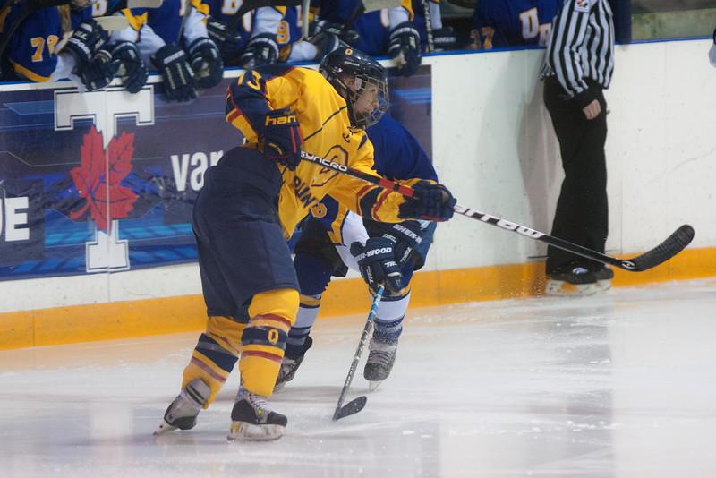 20130310 QWHockeyvsUBC 543.jpg