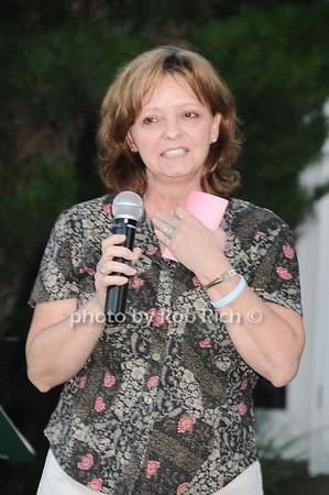 Elizabeth Jones photo by Rob Rich © 2010 robwayne1@aol.com 516-676-3939