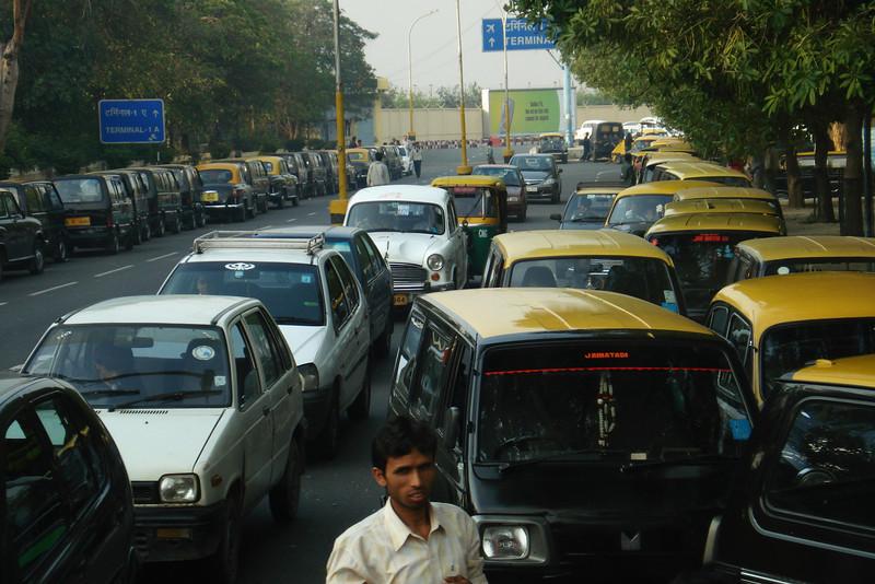 Taxis at Delhi Airport.jpg