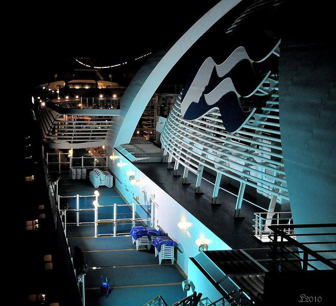 Cruise 2010At Sea 02-14-10 1.jpg